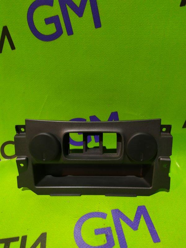 Гнездо прикуривателя Chevrolet Trailblazer 31UX LY7 2012 (б/у)