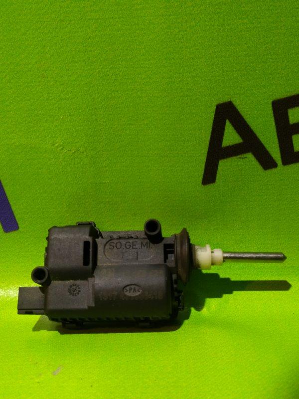 Моторчик крышки топливного бака Opel Astra Z16XER 2011 (б/у)
