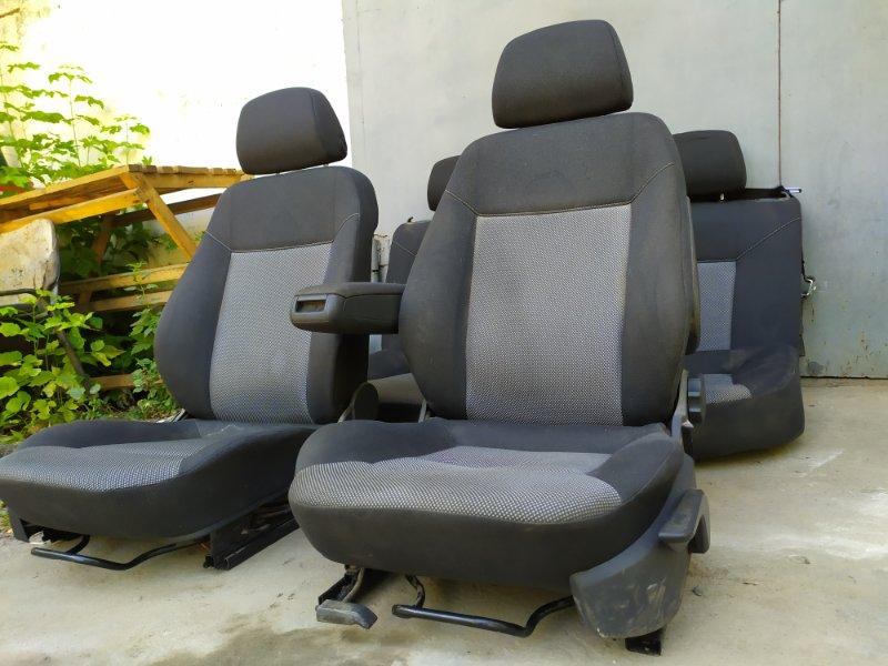 Комплект сидений Opel Astra L69 Z16XER 2009 (б/у)