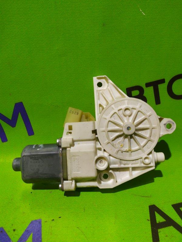 Мотор стеклоподъемника Mercedes-Benz C-Class W204 M272 KE 30 2008 передний правый (б/у)