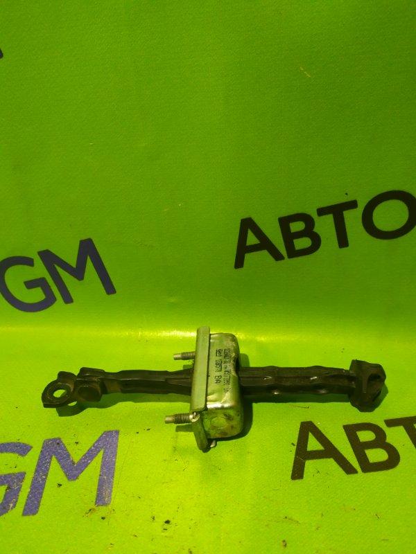 Ограничитель двери Opel Astra J Gtc P10 A14NET 2012 правый (б/у)