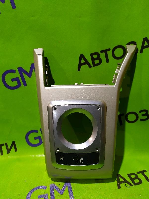 Накладка панели приборов Opel Astra H (б/у)