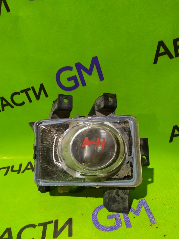 Фара противотуманная Opel Astra H правая (б/у)
