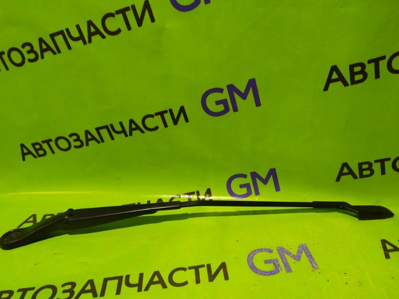 Поводок стеклоочистителя Opel Zafira C P12 A18XER 2013 передний правый (б/у)