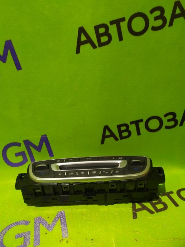 Блок управления климат-контролем Renault Megane BZ0G M4R713 2011 (б/у)