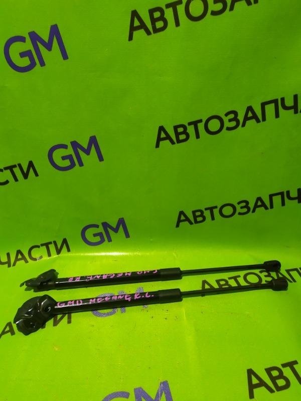 Амортизатор багажника Renault Megane BZ0G M4R713 2011 (б/у)