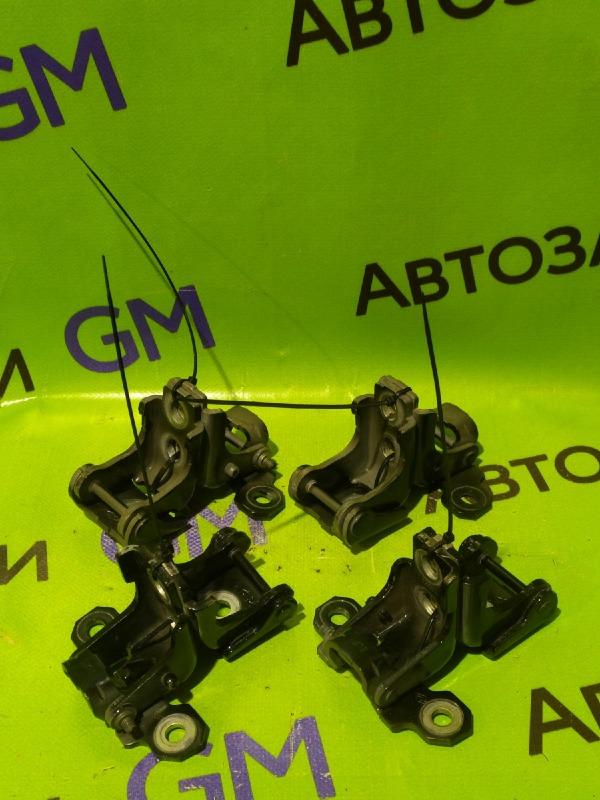Петля двери Renault Megane BZ0G M4R713 2011 задняя левая (б/у)