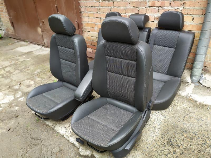 Комплект сидений Opel Astra L35 Z18XER 2007 (б/у)