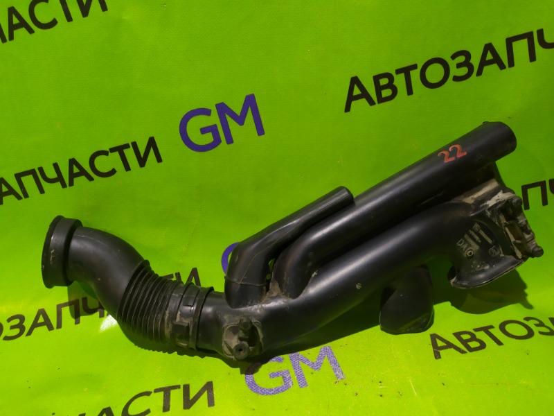 Патрубок воздушного фильтра Opel Astra L35 Z18XER 2007 (б/у)
