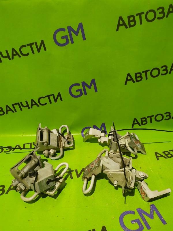 Петля двери Skoda Octavia A4 AKL 2005 задняя левая (б/у)