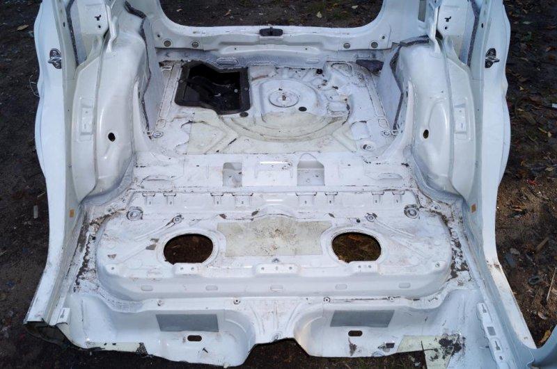 Пол багажника, тазик Skoda Yeti КРОССОВЕР 1.2T (CBZB) 2011 (б/у)