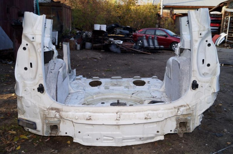 Панель кузова Skoda Yeti КРОССОВЕР 1.2T (CBZB) 2011 задний (б/у)