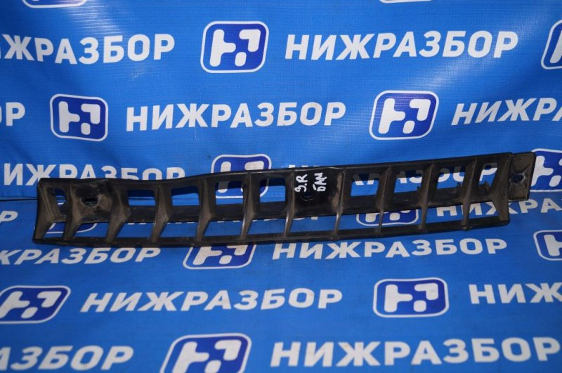Направляющая бампера Skoda Yeti КРОССОВЕР 1.2T (CBZB) 2011 задняя (б/у)