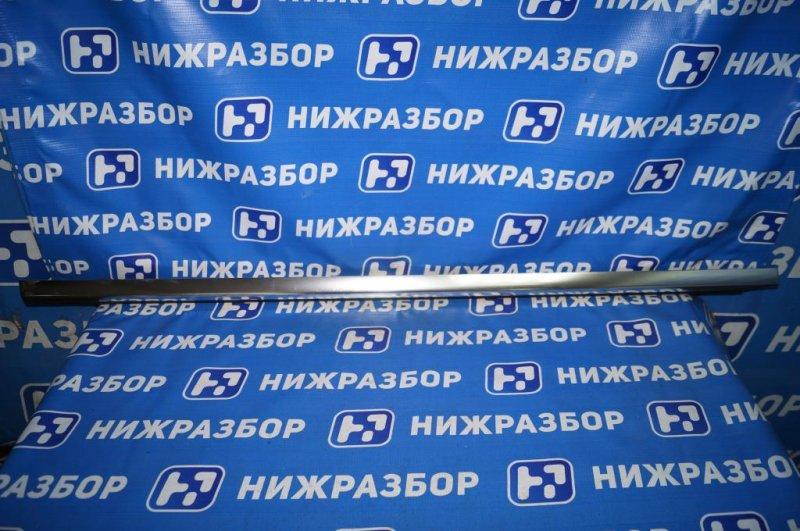 Накладка стекла Mercedes C-Class W205 2014> задняя правая (б/у)