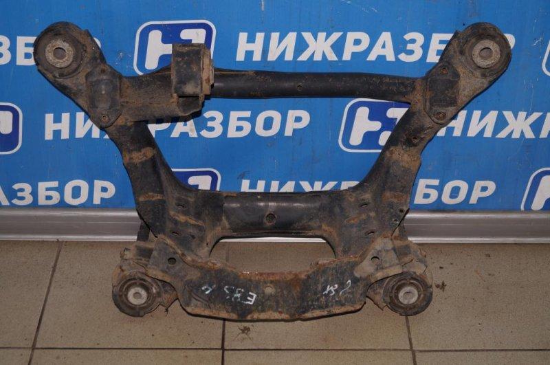 Балка Bmw X3 E83 2004 задняя (б/у)