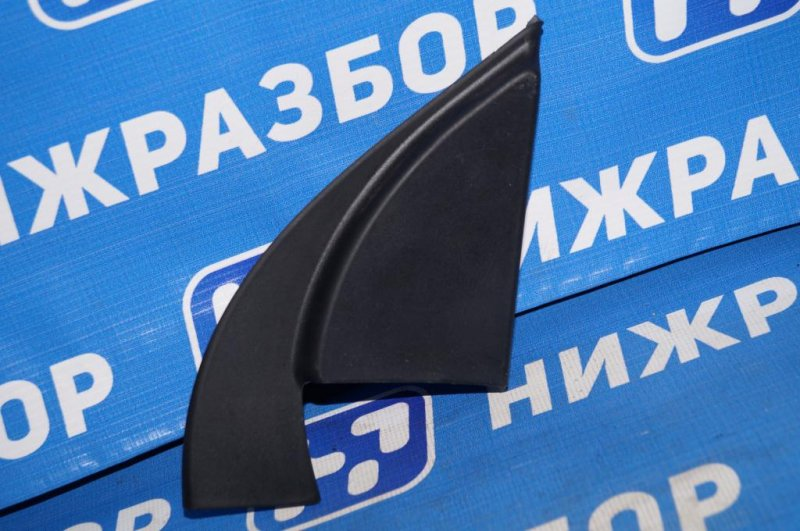 Крышка зеркала внутренняя правая Kia Rio 3 QB 1.4 (G4FA) правая (б/у)