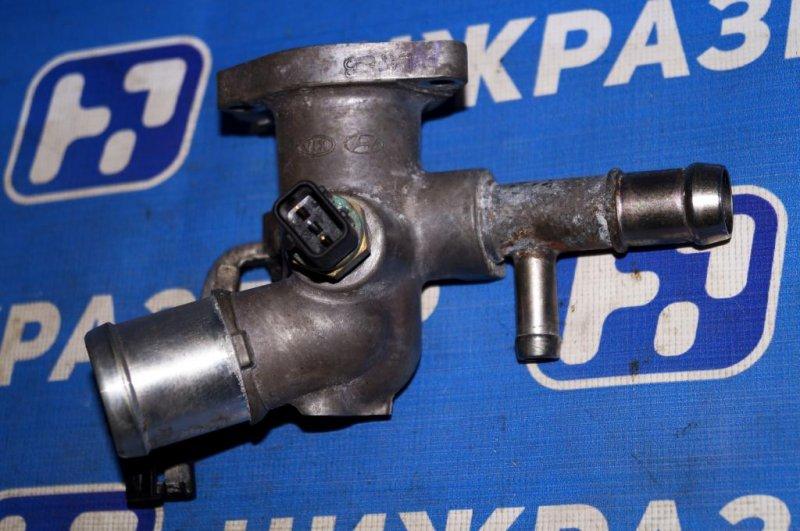 Фланец двигателя системы охлаждения Kia Rio 3 QB 1.4 (G4FA) (б/у)