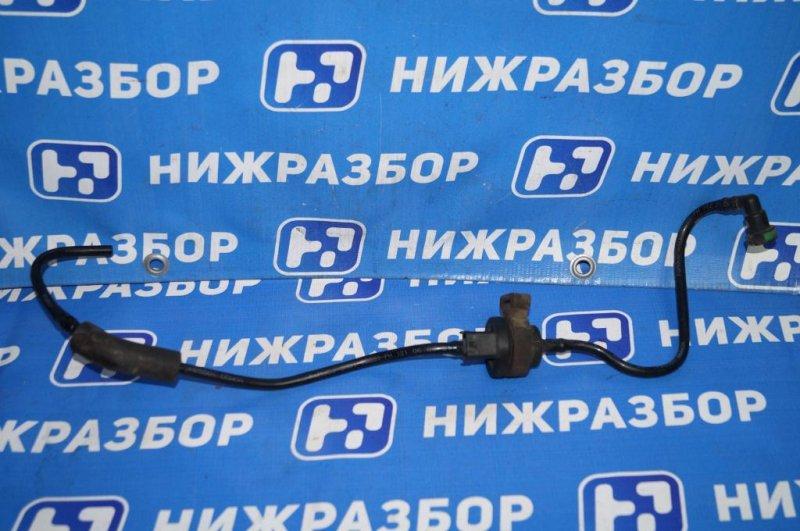 Трубка вакуумная Ford Focus 2 СЕДАН 1.6L (HXDB) 2006 (б/у)