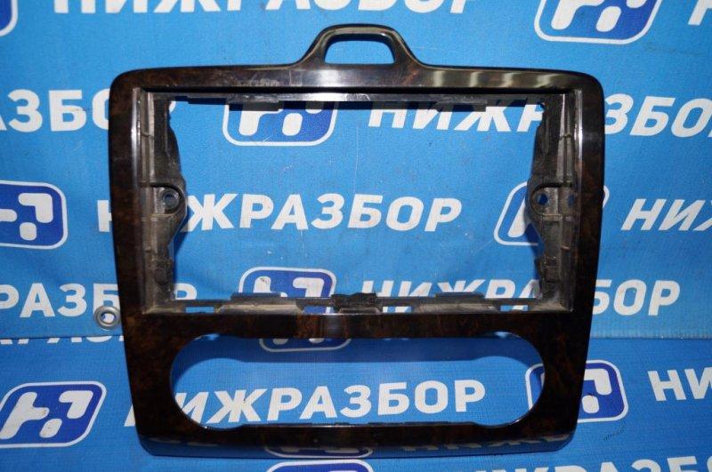 Накладка декоративная Ford Focus 2 СЕДАН 1.6L (HXDB) 2006 (б/у)