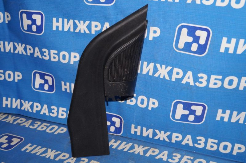 Крышка зеркала внутренняя правая Ford Focus 2 СЕДАН 1.6L (HXDB) 2006 правая (б/у)