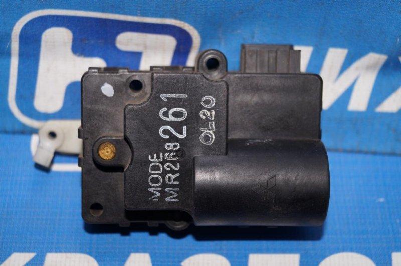 Моторчик заслонки печки Mitsubishi Carisma DA 1.6 4G92 2001 (б/у)
