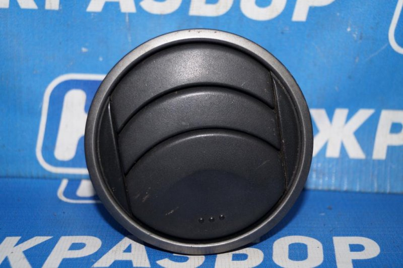 Дефлектор воздушный Mazda 6 GG 2.0 LF 2004 (б/у)