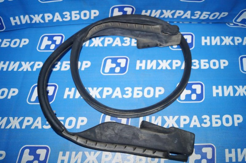Уплотнитель капота Mazda Cx 5 KE 2.0 PE 2016 (б/у)