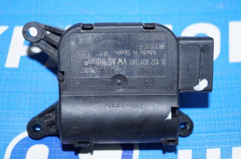 Моторчик заслонки печки Volkswagen Jetta 5 1.6 BSE 2007 (б/у)
