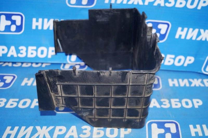 Крепление акб (корпус/подставка) Volkswagen Jetta 5 1.6 BSE 2007 (б/у)