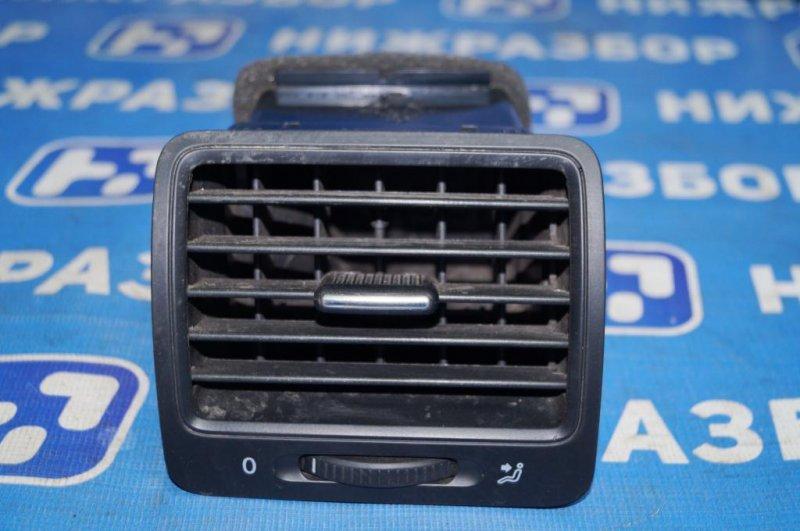 Дефлектор воздушный Volkswagen Jetta 5 1.6 BSE 2007 (б/у)