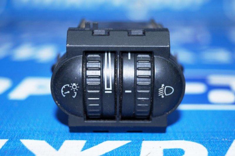 Кнопка корректора фар Volkswagen Jetta 5 1.6 BSE 2007 (б/у)