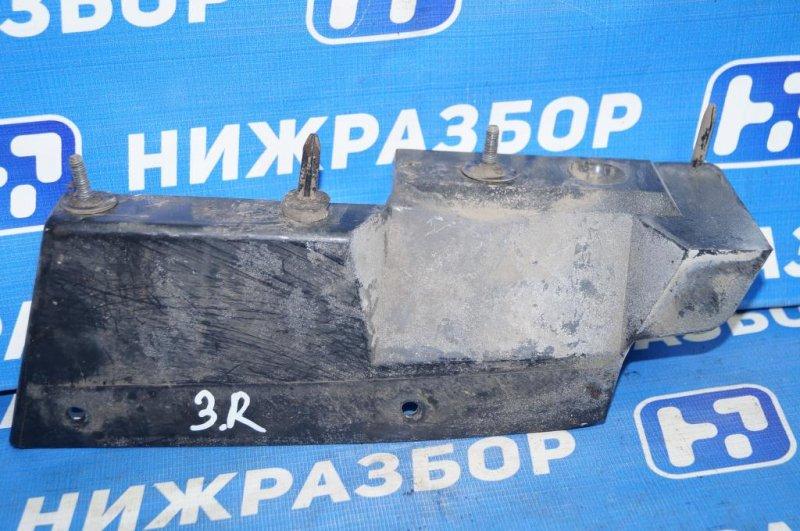 Направляющая бампера Ford Focus 1 СЕДАН 2.0L SPLIT PORT 2002 задняя правая (б/у)