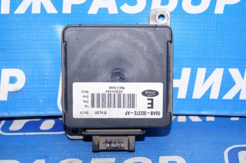 Реле топливного насоса Ford Focus 1 СЕДАН 2.0L SPLIT PORT 2002 (б/у)