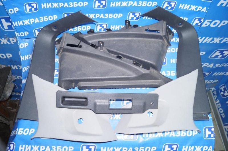 Пластик салонный Opel Astra H 1.6 Z16XER 2010 (б/у)
