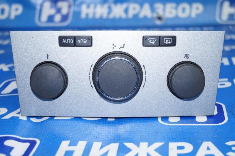 Блок управления климатической установкой Opel Astra H 1.6 Z16XER 2010 (б/у)