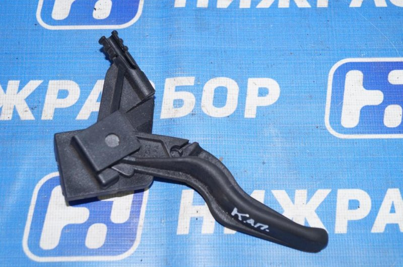 Ручка открывания капота Opel Astra H 1.6 Z16XER 2010 (б/у)