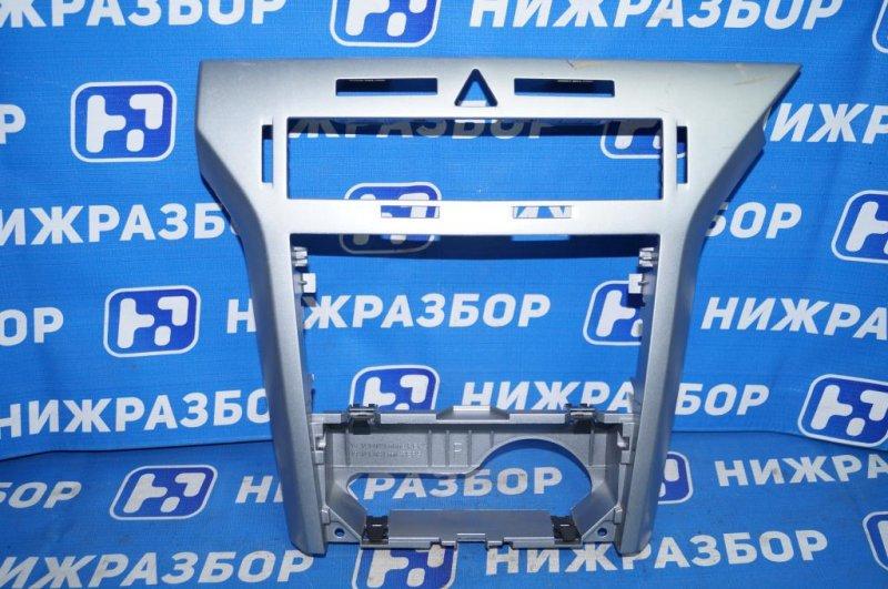 Рамка магнитолы Opel Astra H 1.6 Z16XER 2010 (б/у)
