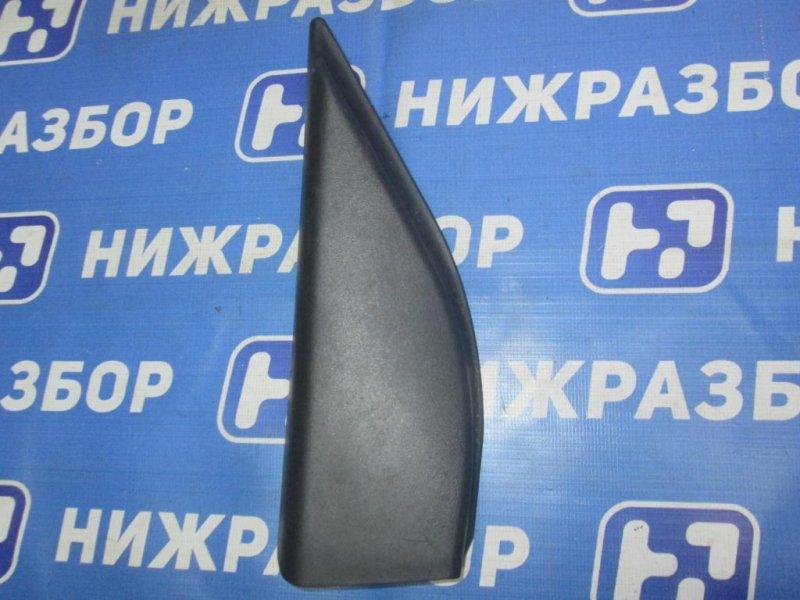 Накладка двери Ford Maverick КРОССОВЕР 2.0 (YF) ZETEC 2003 задняя правая (б/у)