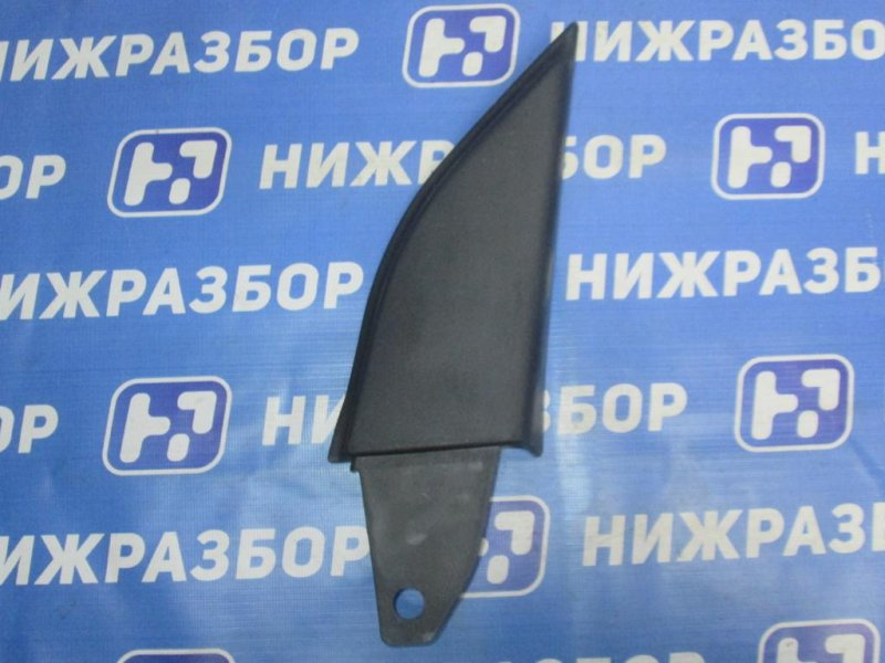 Крышка зеркала внутренняя правая Ford Maverick КРОССОВЕР 2.0 (YF) ZETEC 2003 правая (б/у)