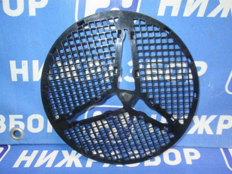 Накладка на решетку радиатора Mercedes M-Class W164 2005 (б/у)