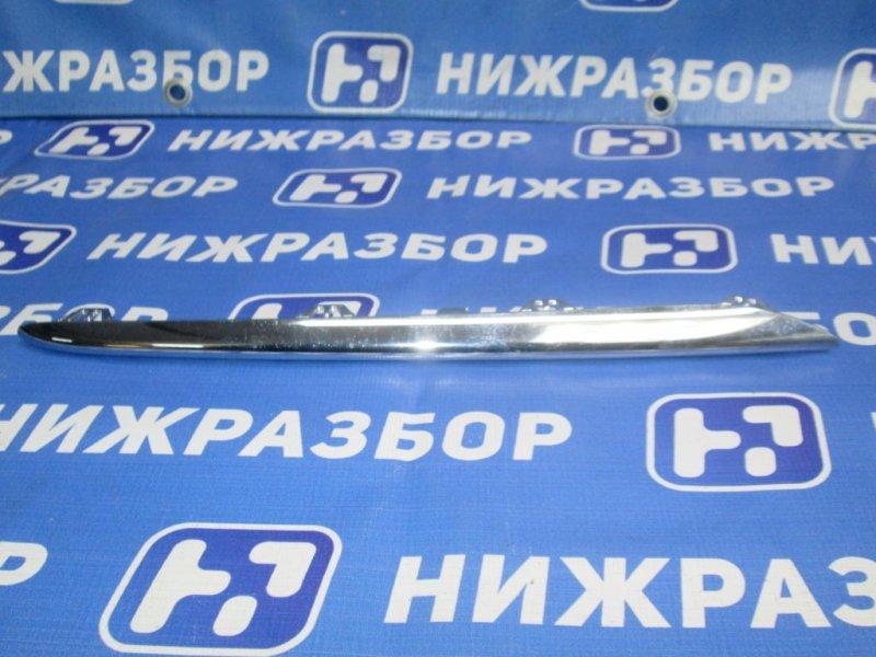 Накладка на решетку Mercedes Cla-Class W117 2013 правая (б/у)