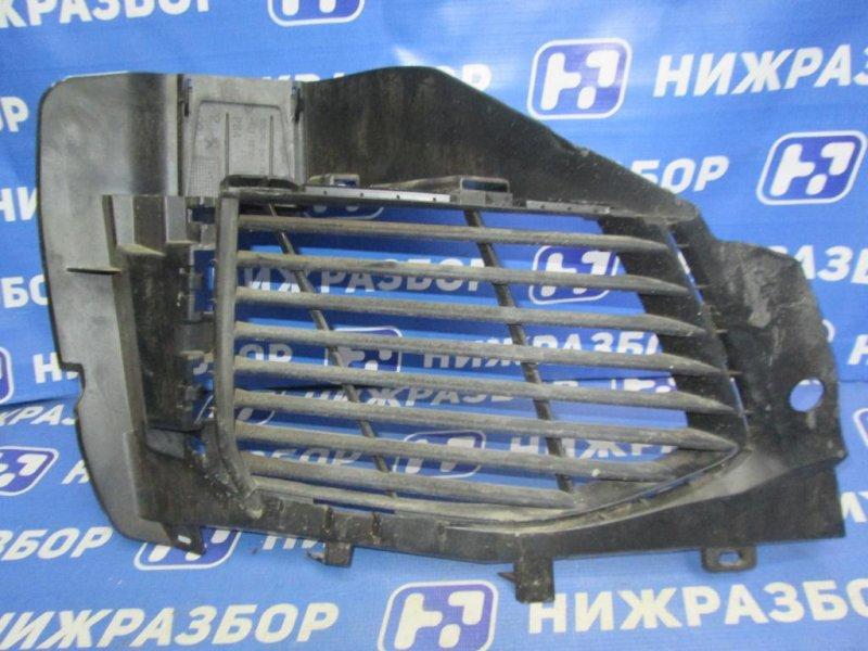 Решетка в бампер Peugeot 3008 P84 1.6T 10FJC 2017 правая (б/у)