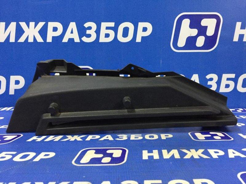 Держатель задней полки Skoda Octavia A7 1.6 CWVA 2016 задний правый (б/у)