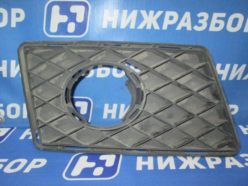 Решетка в бампер Mercedes Glk-Class X156 2008 правая (б/у)