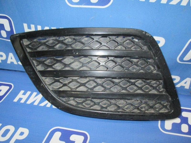 Решетка в бампер Ford Fiesta 1.4 (FXJA) 2006 левая (б/у)