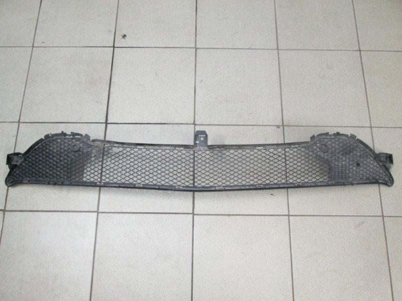Решетка в бампер Mercedes Cla-Class W117 2013 (б/у)