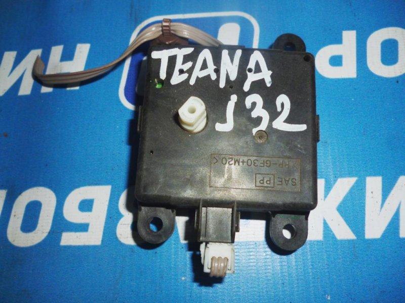 Моторчик заслонки печки Nissan Teana J32 2.5 2008 (б/у)