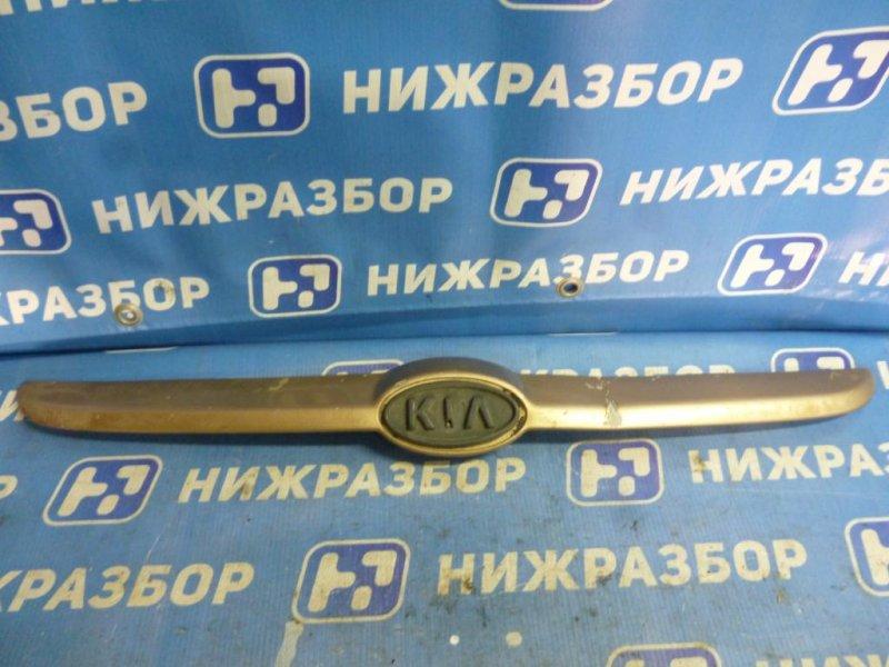Накладка на решетку радиатора Kia Rio 1 DC 1.5 (A5D) 2004 (б/у)