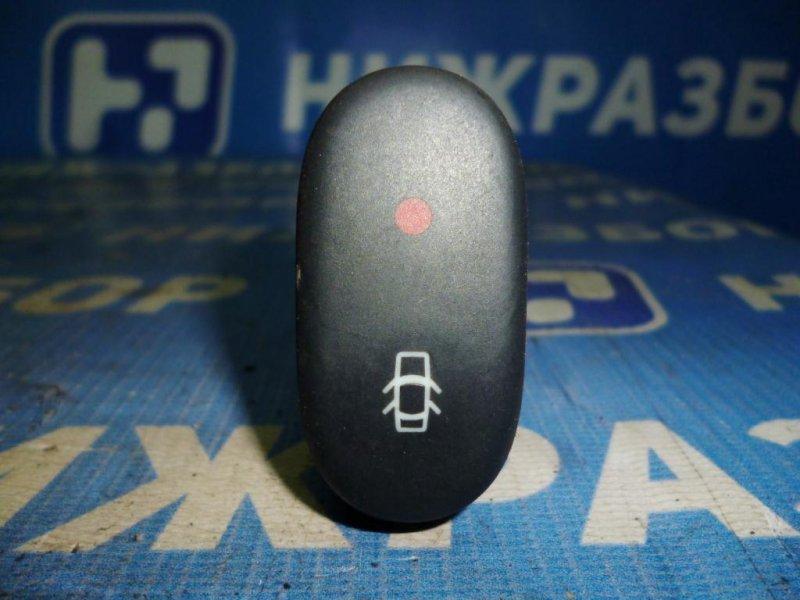 Кнопка центрального замка Renault Clio /symbol 1.4 2003 (б/у)