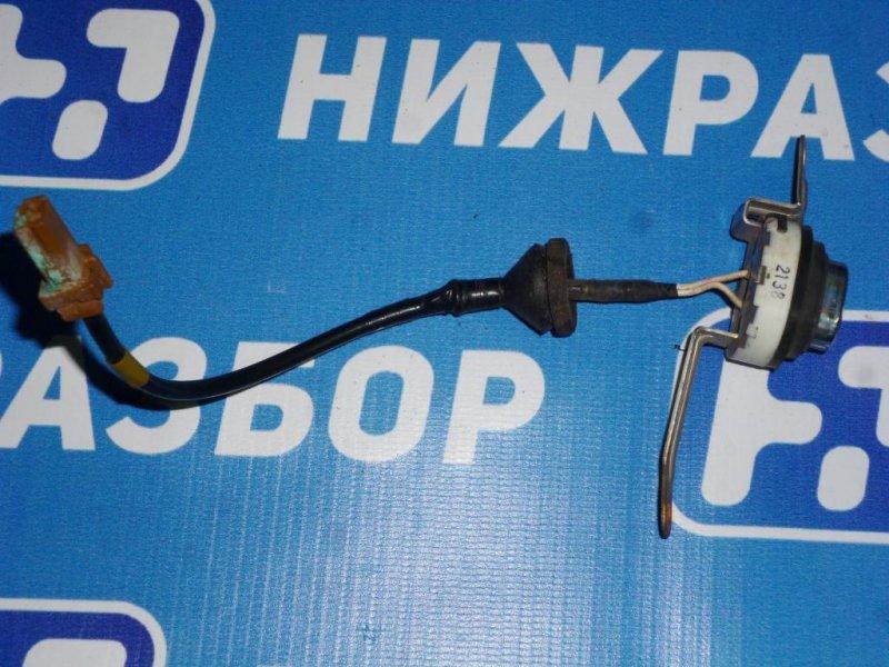 Кнопка открывания багажника Infiniti Ex 35 J50 3.5 (VQ35) 2008 (б/у)